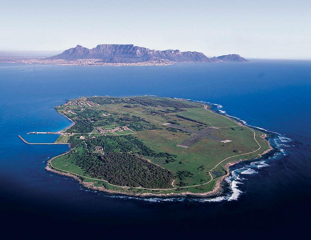 Robben-Island-af-South-African-Tourism-flickr.com